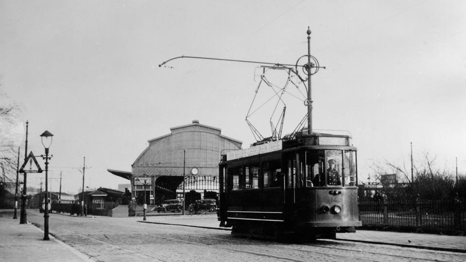 motorrijtuig 142, Oosterkade-Maasstation