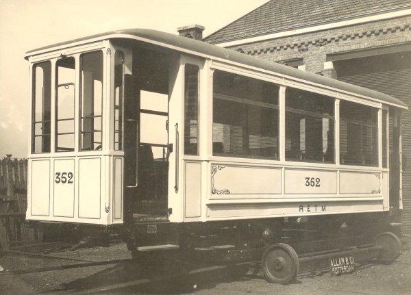 Aanhangrijtuig 352 bij de aflevering door Allan in 1911