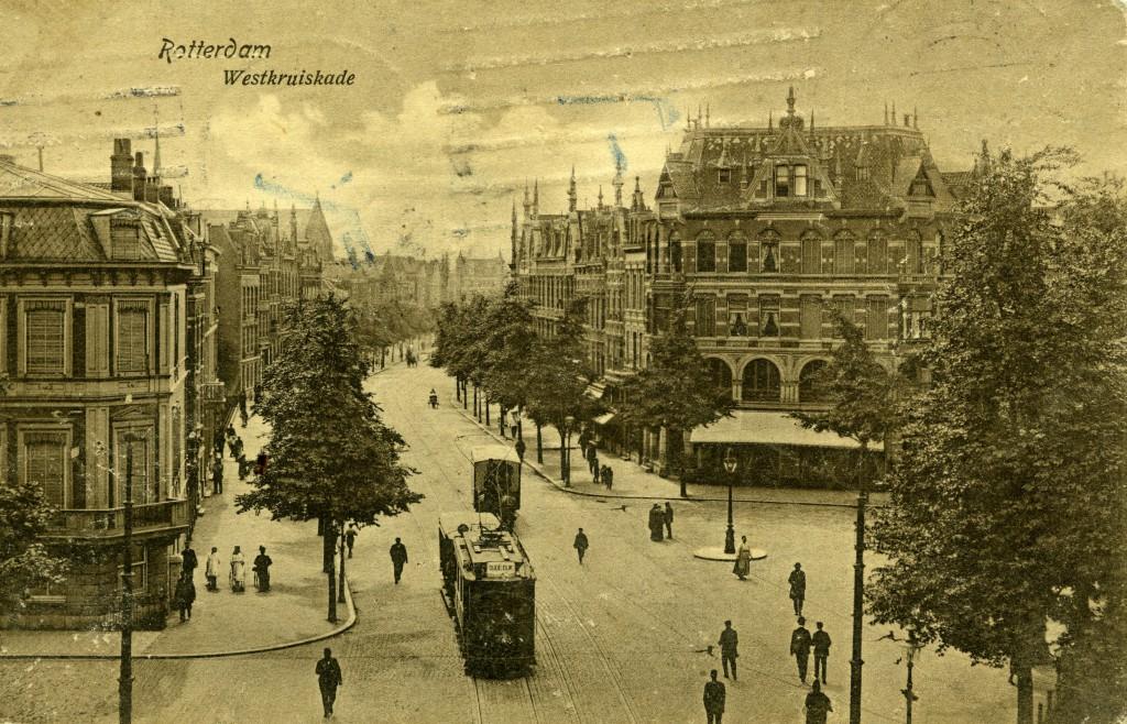 Prentbriefkaart motorrijtuig 79, lijn 5, West Kruiskade, ca. 1915