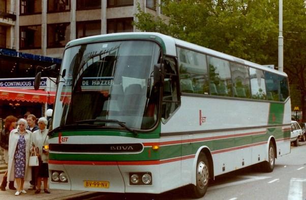 RET, evenementenvervoer, bus 1, een gehuurde BOVA van BOVATOURS. Coolsingel
