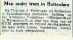 19541025-man-onder-de-tram-leeuwcour