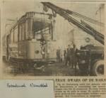 19560224-Tram-dwars-op-de-rails