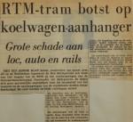 19560313-RTM-tram-botst-op-koelwagen