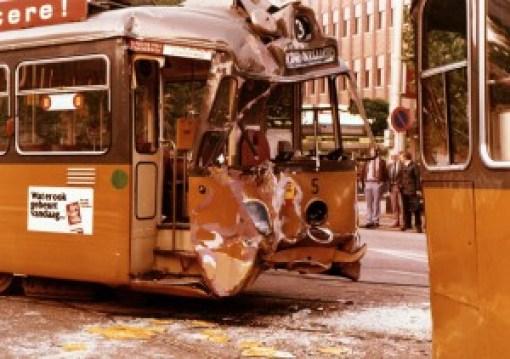 Motorrijtuig 5, lijn 3, frontale aanrijding Coolsingel met motorrijtuig 7, 24-9-1981