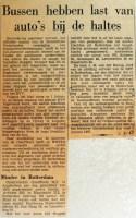 19680726 Bussen hebben last van auto's bij haltes