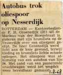 19680801 Autobus trok oliespoor op Nesserdijk