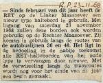 19681123 Nieuw type haltebord door de hele stad (Parool)