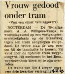 19691204 Vrouw gedood onder de tram