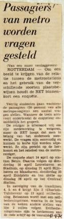 19700411 Passagiers van metro worden vragen gesteld