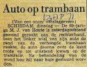 19710413 Auto op trambaan.