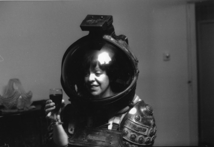dallas alien 1979 space suit - photo #17