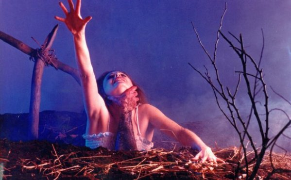 Evil Dead Promotional Photo - Sam Raimi