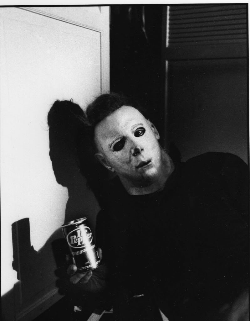 halloween michael myers likes dr pepper - Halloween 1