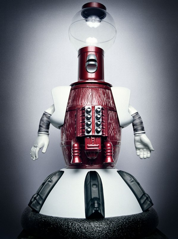 Photo of Tom Servo from Mystery Science Theater 3000 by Platon
