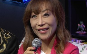 sumi-jo-liric-barone-rosso-red-ronnie-roxy-bar-tv