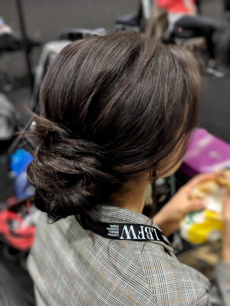Messy chignon Bridal trends fashion week