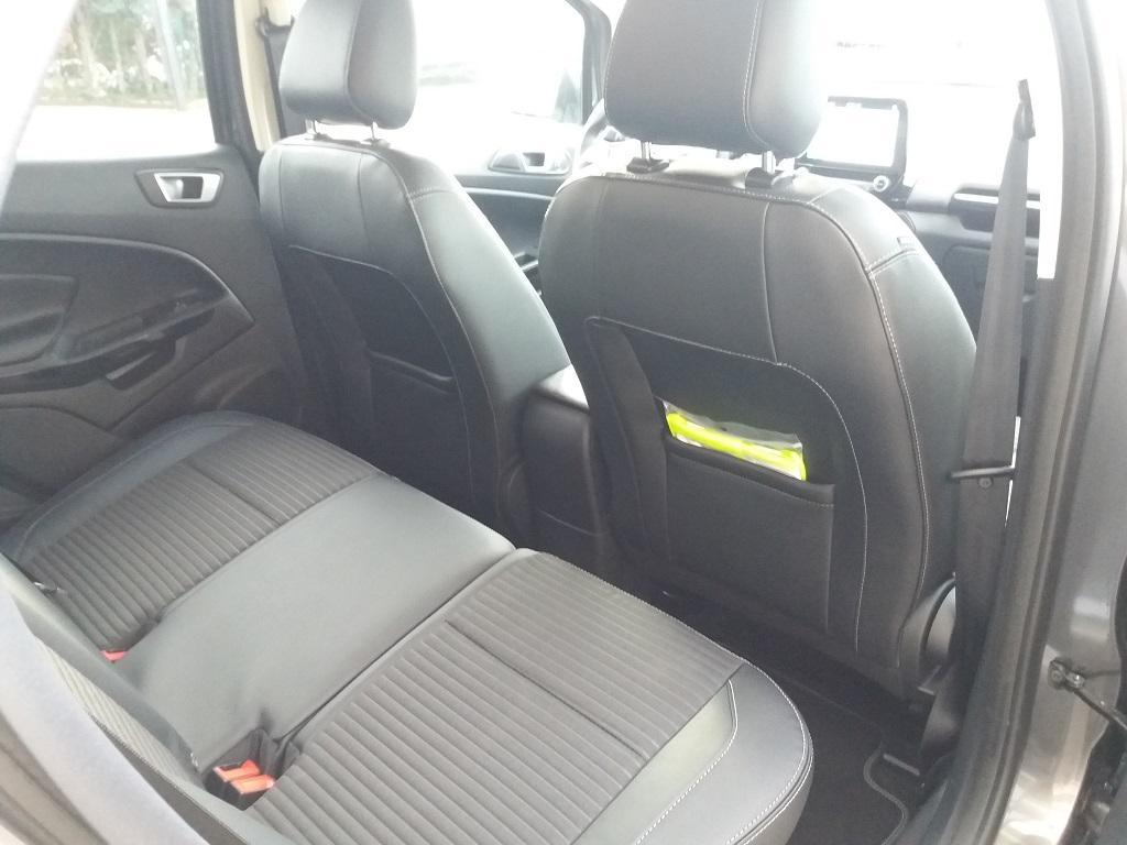 Ford EcoSport 1.5 TDCi EcoBlue 100 cv S&S Titanium (16)
