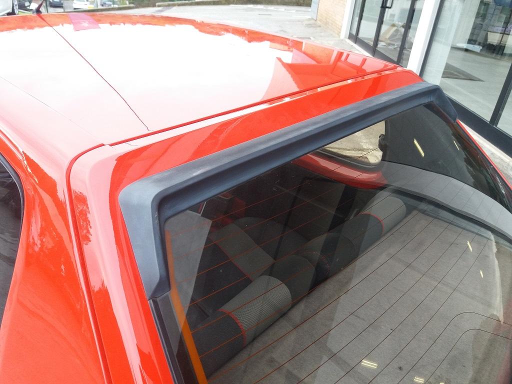 Peugeot 205 1.9 GTI 130 cv (33)