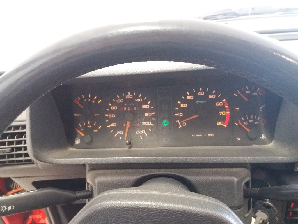 Peugeot 205 1.9 GTI 130 cv (48)