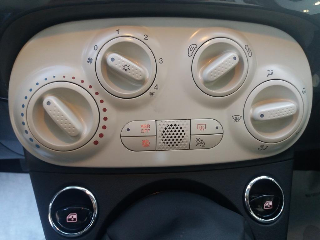 Fiat 500 1.2 69 cv Lounge (23)