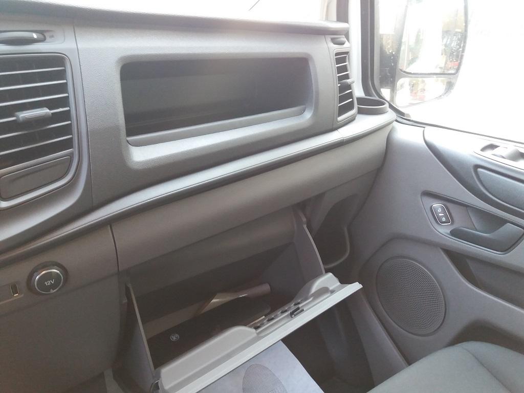 Ford Transit Custom 2.0 TDCi EcoBlue 105 cv Entry L1 H1 (18)