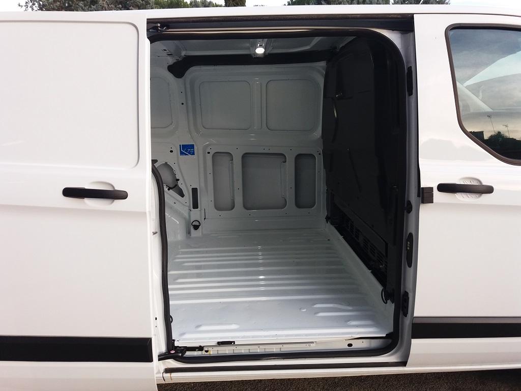 Ford Transit Custom 2.0 TDCi EcoBlue 105 cv Entry L1 H1 (26)