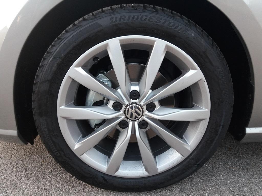 Volkswagen Golf 1.6 TDI Executive 115 cv (22)