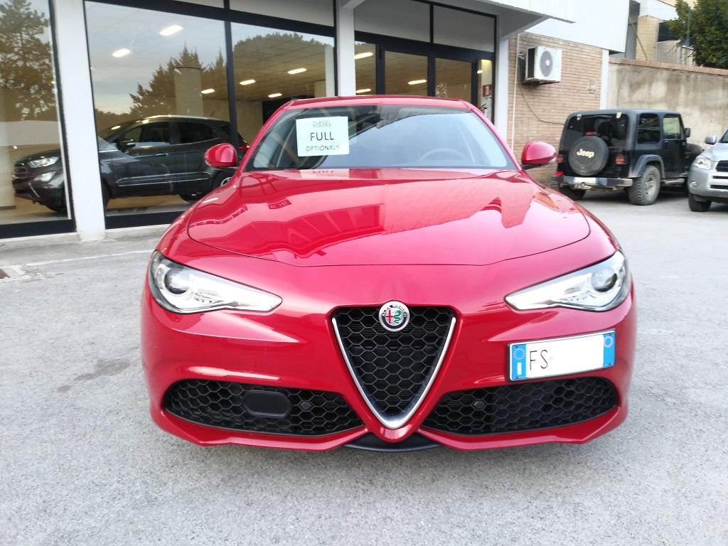 Alfa Romeo Giulia 2.2 Turbo Diesel 180 cv AT8 Super Sport Edition (8)