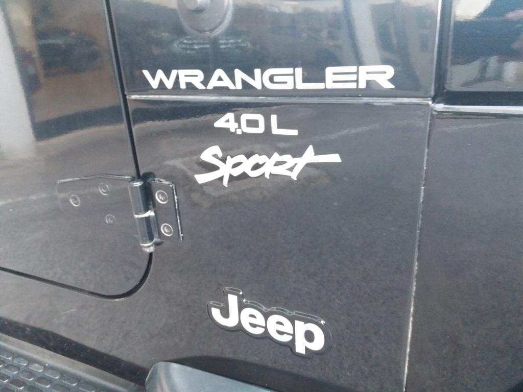 Jeep Wrangler TJ 4.0 Sport (33)