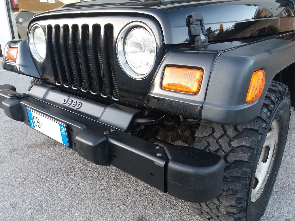 Jeep Wrangler TJ 4.0 Sport (35)