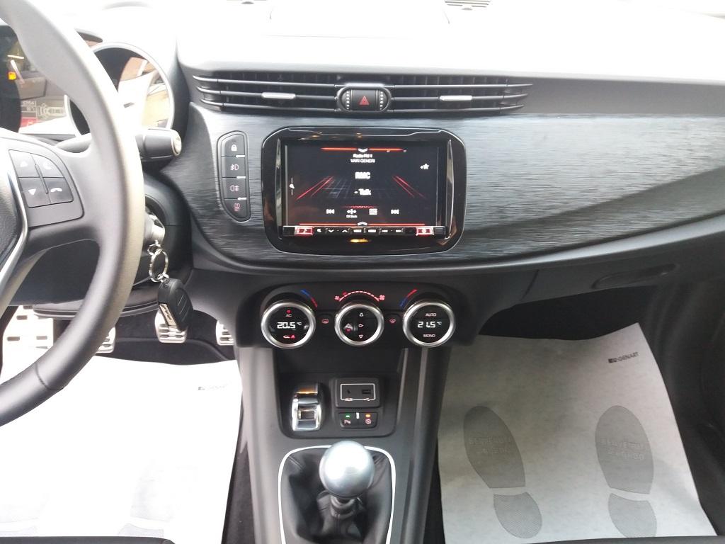 Alfa Romeo Giulietta 1.6 JTDm 120 cv B-TECH (10)