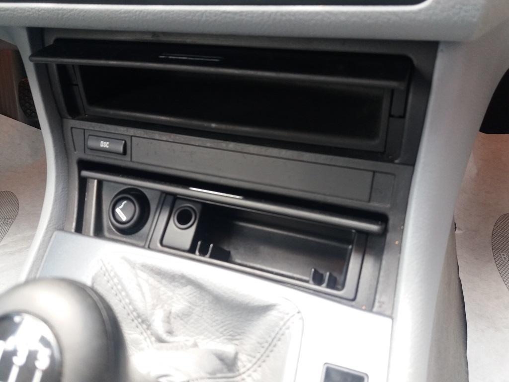 BMW 320 Ci (E46) (30)