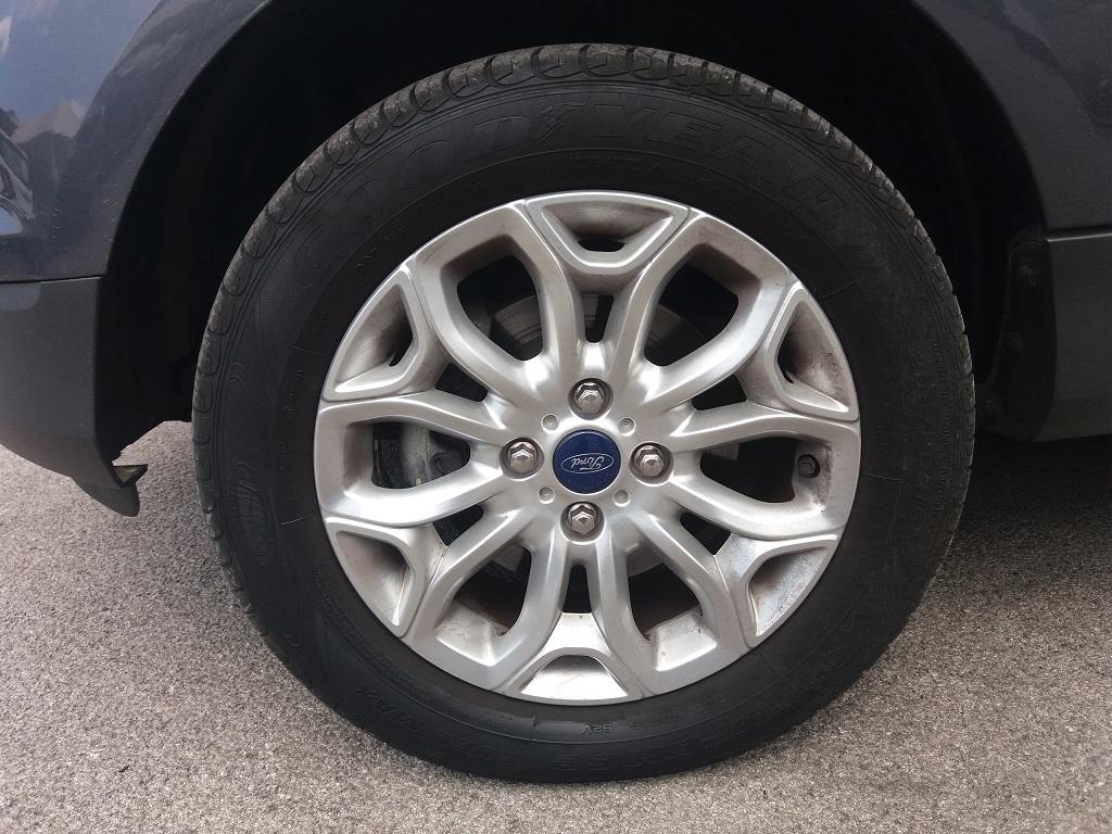 Ford EcoSport 1.5 TDCi 90 cv Titanium (19)