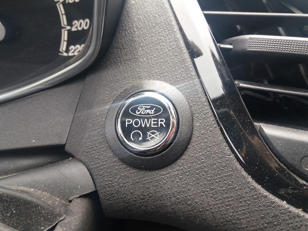 Ford Fiesta 1.5 TDCi 95 cv 3p Titanium (22)