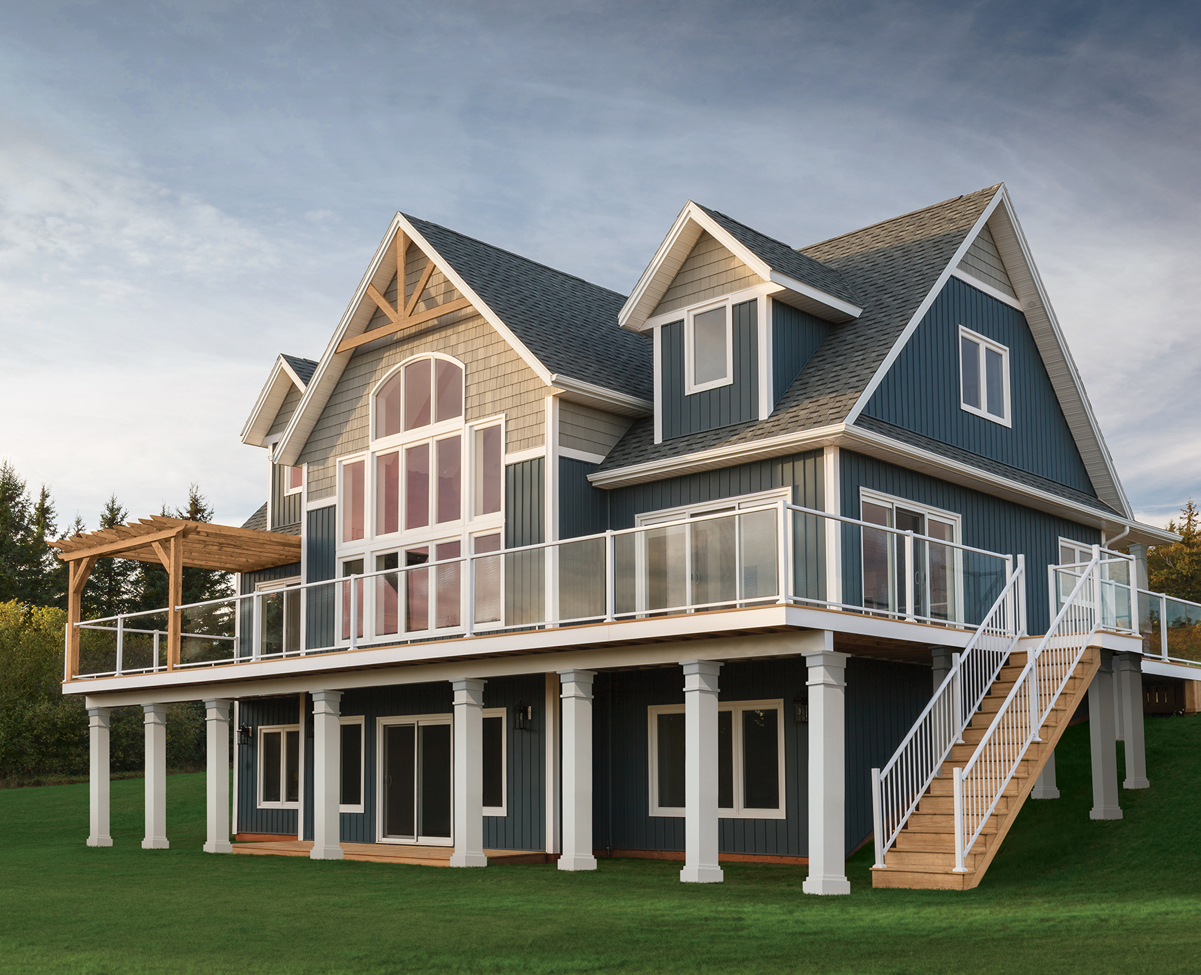 Beautiful And Durable Vinyl Cellular Composite Siding