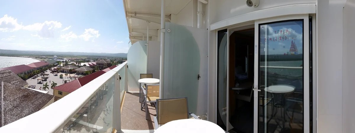 Photo tour of connecting Category D7 balcony staterooms on Oasis of the Seas  Royal Caribbean Blog