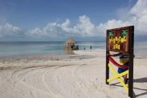 Floating Bar Royal Caribbean Coco Cay Bahamas