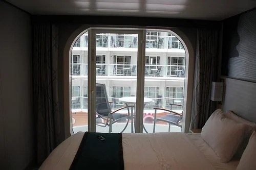 Photo tour of Category B1 Boardwalk View Stateroom with