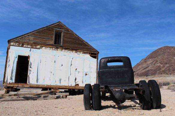 rhyolite death valley (4)