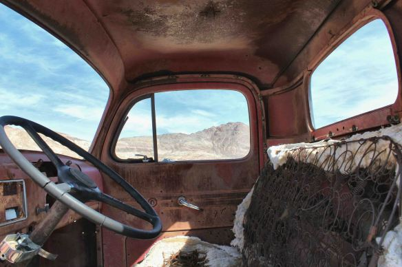 rhyolite death valley (7)