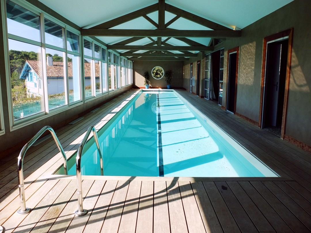 irigoian-piscine-couloir-de-nage-chambre-hotes