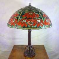 Daffodil tiffany style lamp - Tiffany lamps
