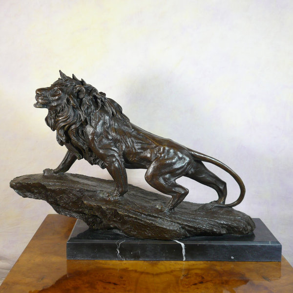 Bronze statue Lion  Bronze statues  animal bronzes