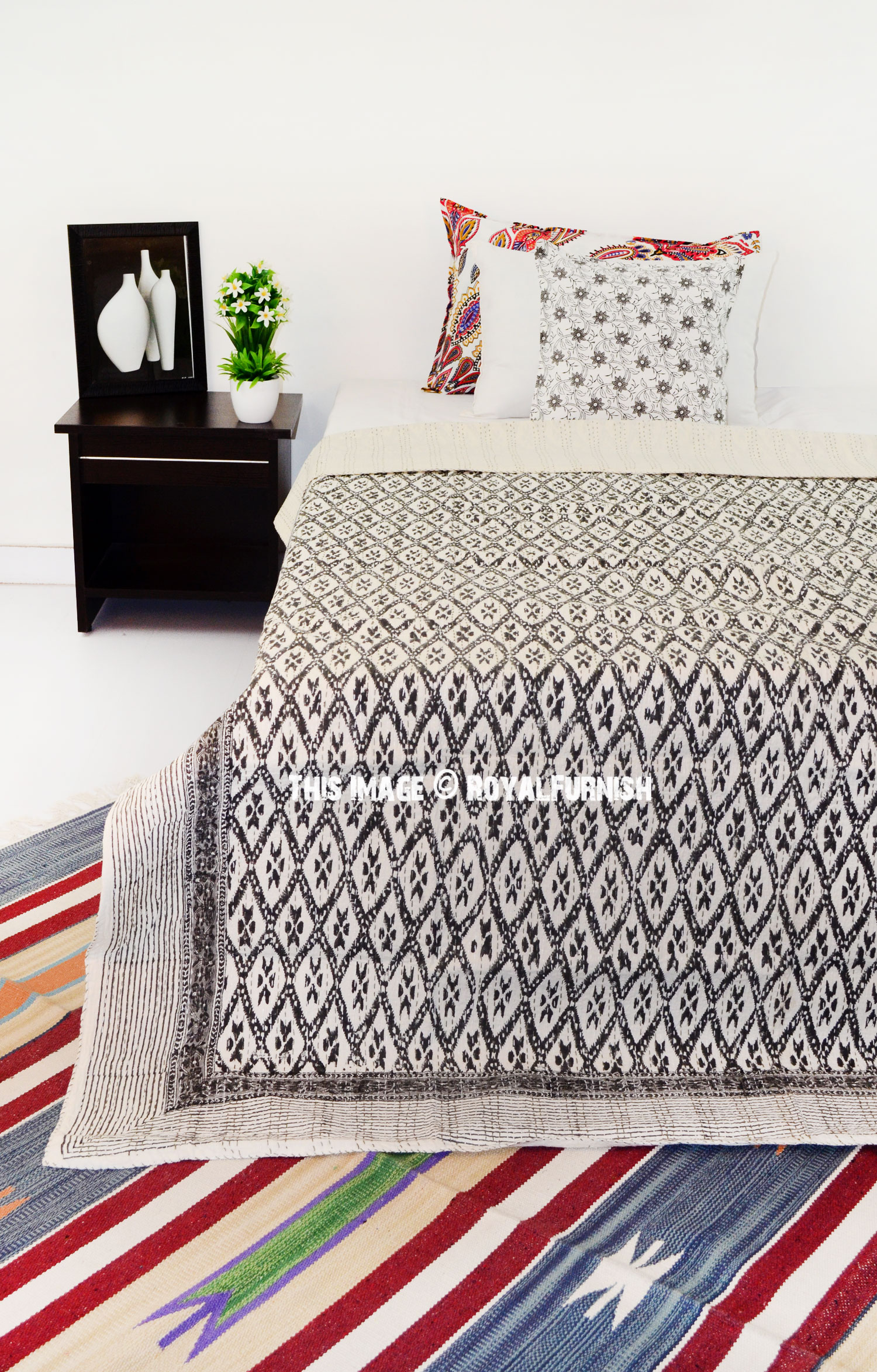 Twin Size Black and White Canvas Printed Ikat Kantha