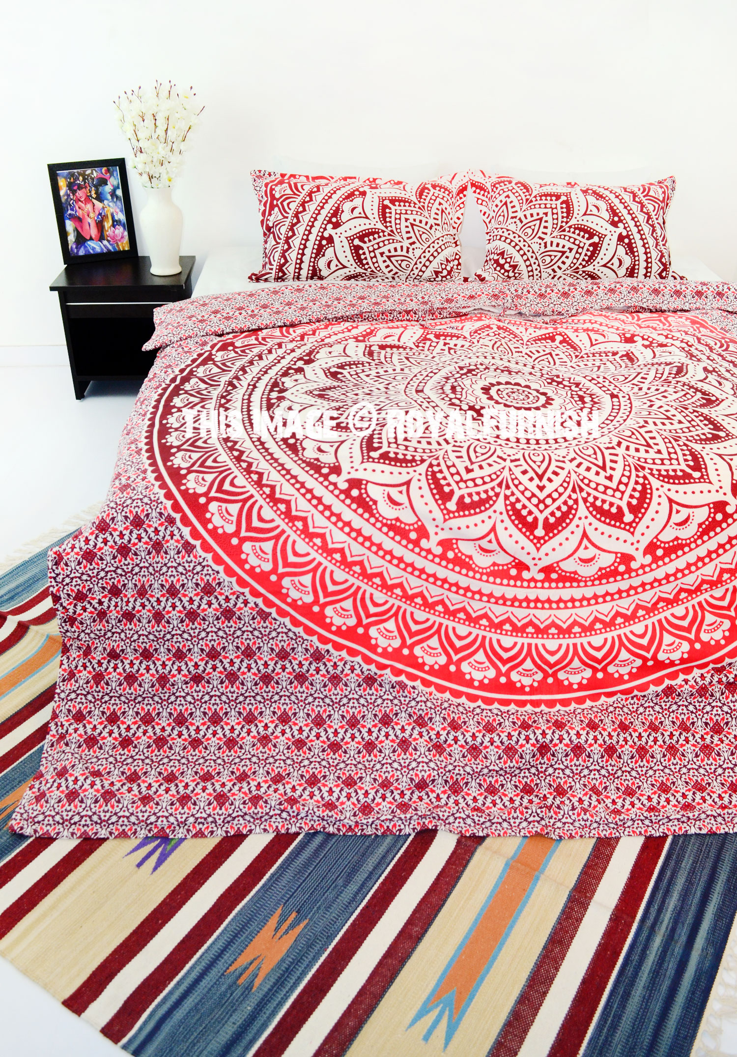 Maroon Multi Classic Flower Ombre Mandala Duvet Cover with