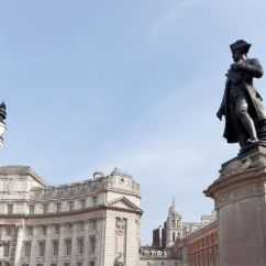 Office Visitor Chairs Wheelchair Van Ramp Captain Cook Statue - St James's Park The Royal Parks