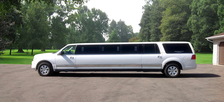 2012 All White Lincoln Navigator