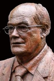 portret-borstbeeld met bril