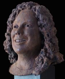 vrouw in brons