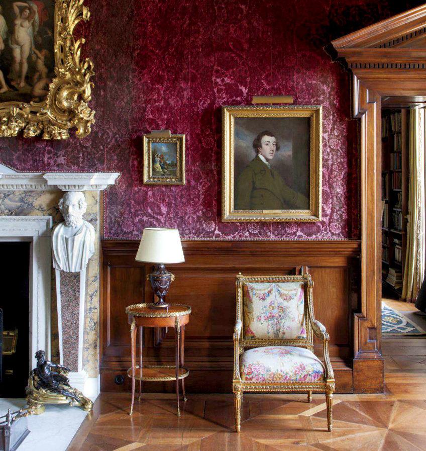 Burgundy Color Living Room